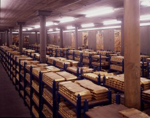 Gold Bullion in the vaults at the Bank of England. Credit:NewsCast +44 (0) 20 7608 1000 www.newscast.co.uk